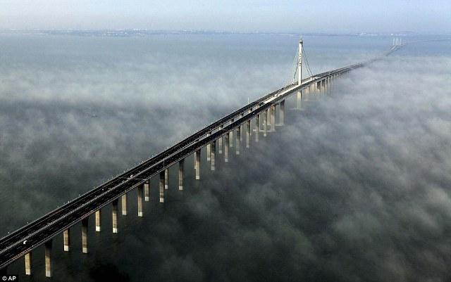 Jembatan Laut Terpanjang Di Dunia Telah Di Resmikan [ www.BlogApaAja.com ]