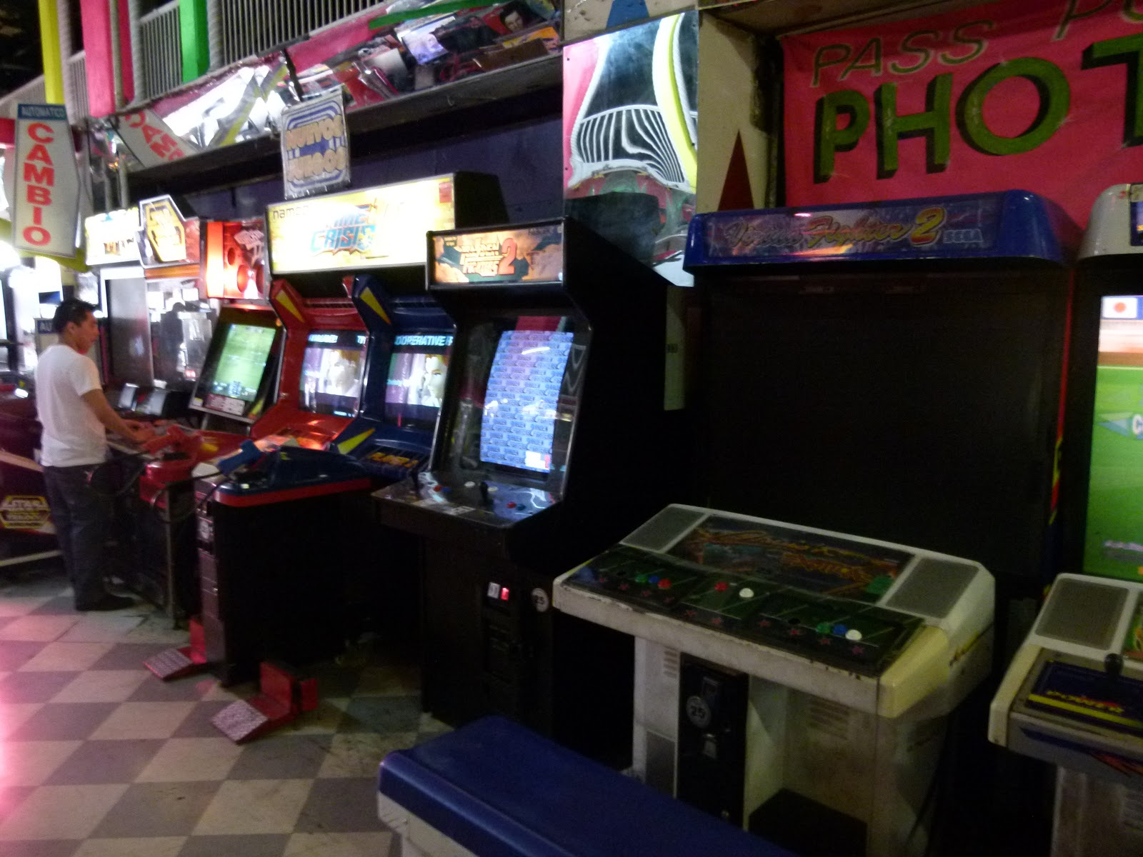 Things To Do In Los Angeles: Arcades in LA: Sassony Arcade