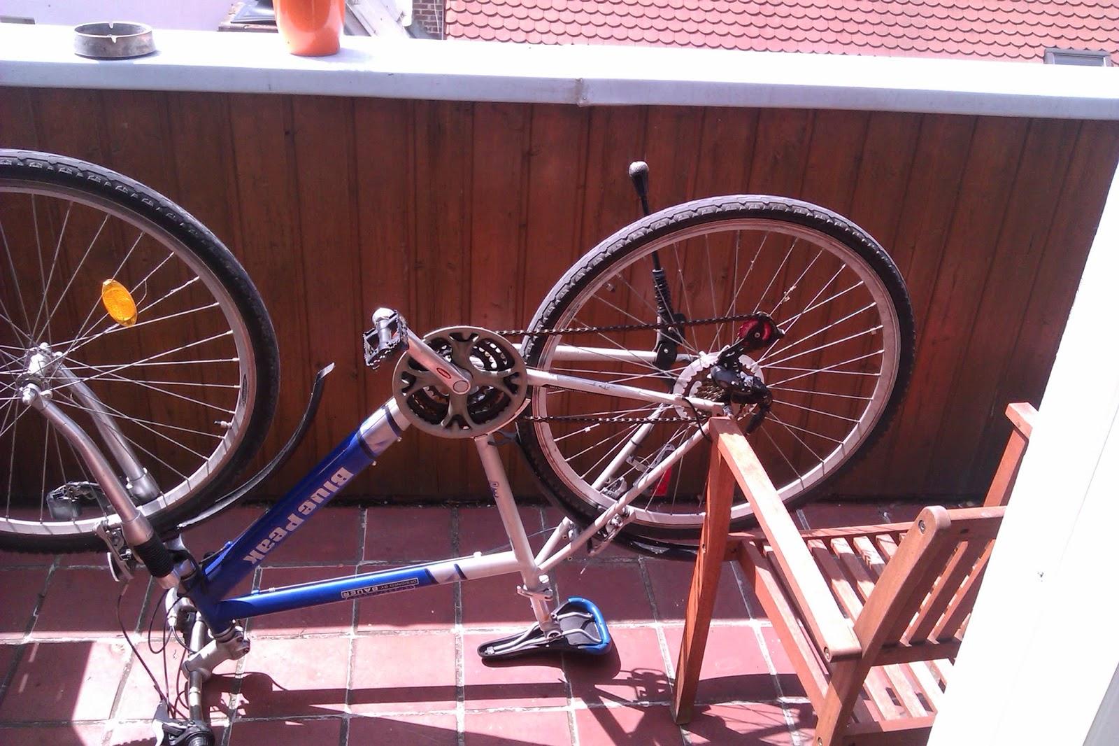 gear change mending repairing tire change