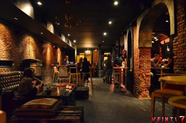 Bar Veinti 7, sala