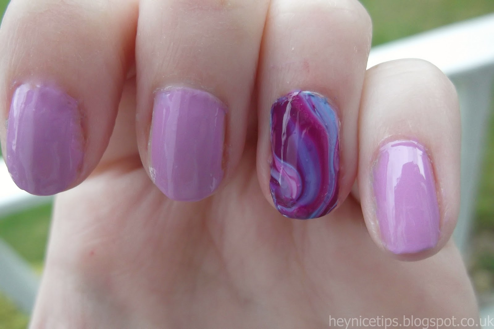 Hey, nice tips!: Purple Marble Nail Art