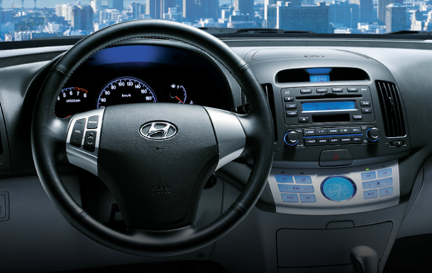 Cho thuê xe Hyundai Avante 1.6 AT 2012