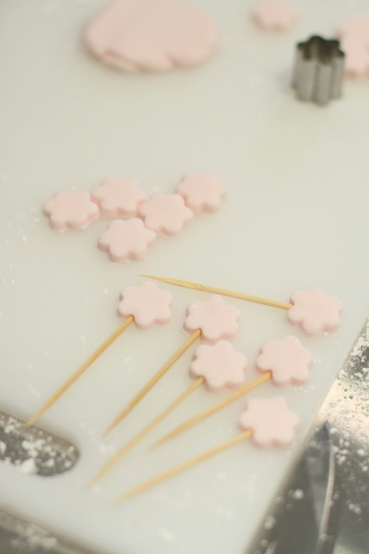 Decorating Cake Pops With Buttercream : hello naomi: my buttercream and cake pops class!