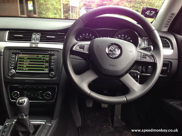 Skoda Superb Elegence Greenline III Estate interior
