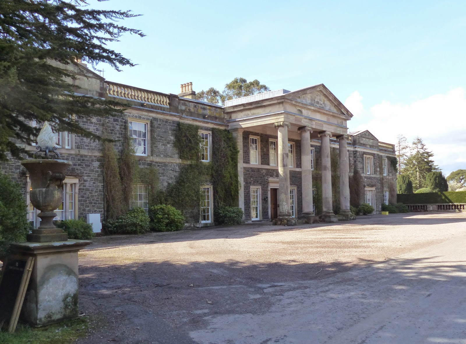 Birding For Pleasure: Mount Stewart House Reopend
