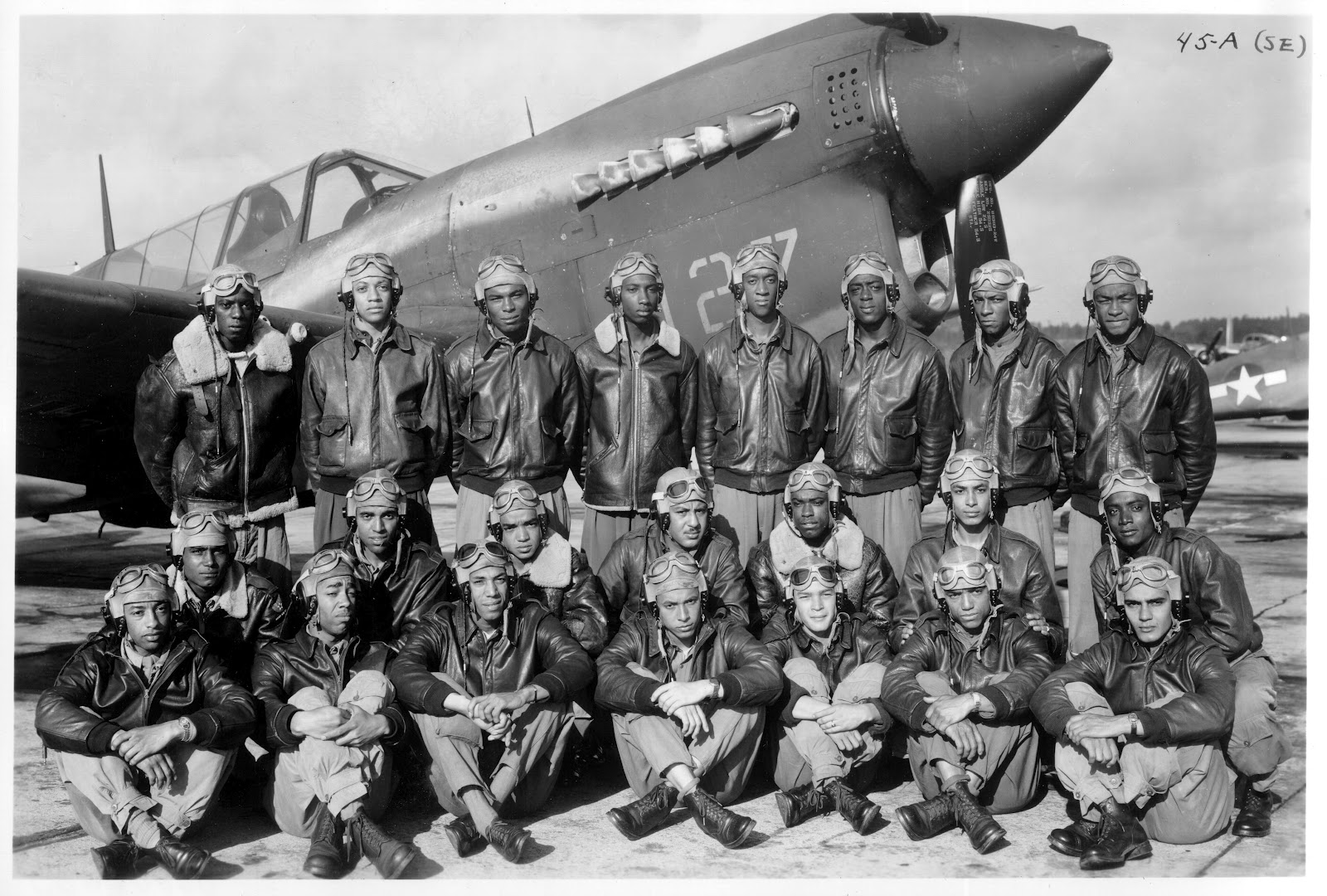 a history of the tuskegee airmen in the united states air force The history of the united states is steeped in contribution of the air force formerly army air corps, in preserving and maintaining freedom the american airmen have been victorious in all.