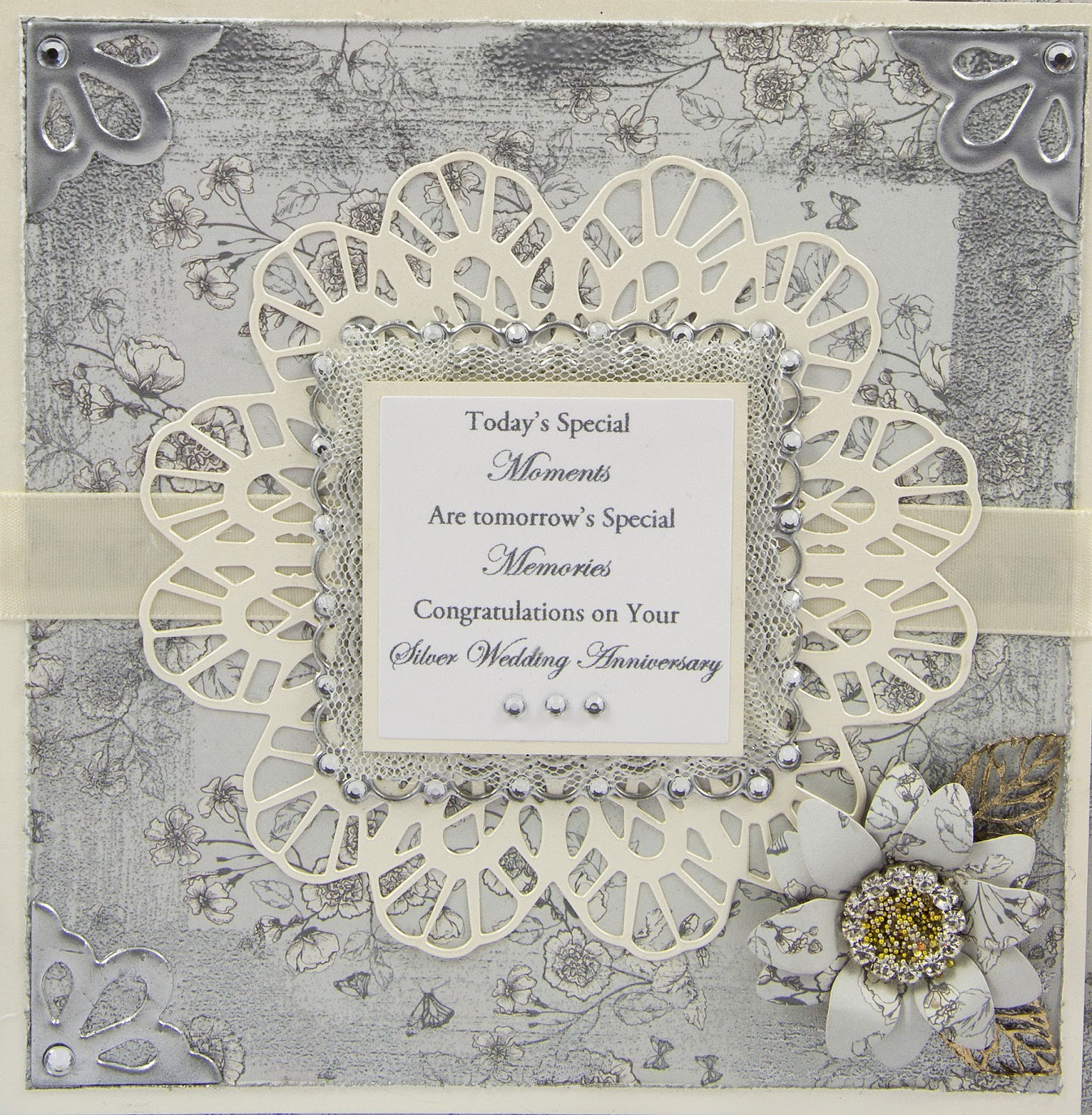 Juliz Design Post : 25th Wedding Anniversary Gift Bag