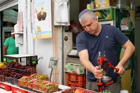 versgeperst granaatappelsap Mahaneh Yehuda