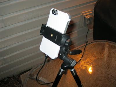 universal smartphone tripod adapter