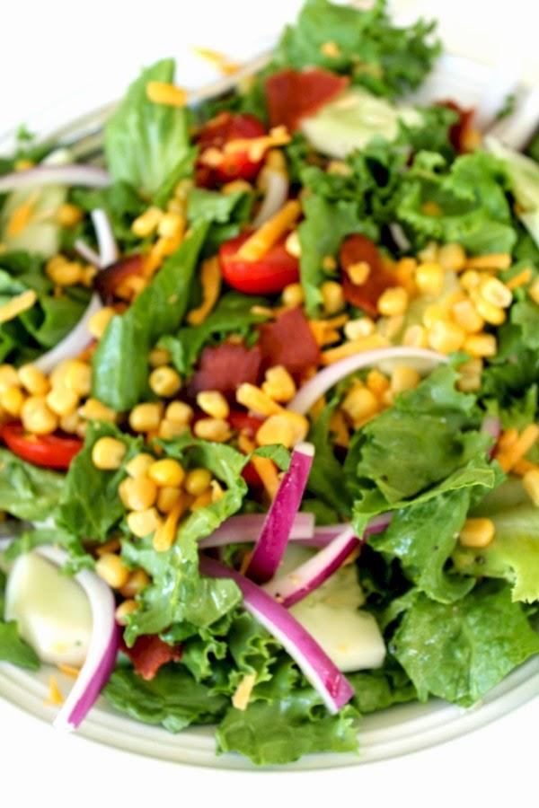 BLT salad with lime dressing
