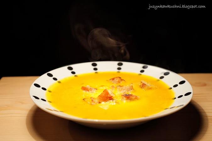 dynia, krem, marchewka, na ostro, Obiad, przepis, serek topiony, Zupy krem, łagodna, kremowa,