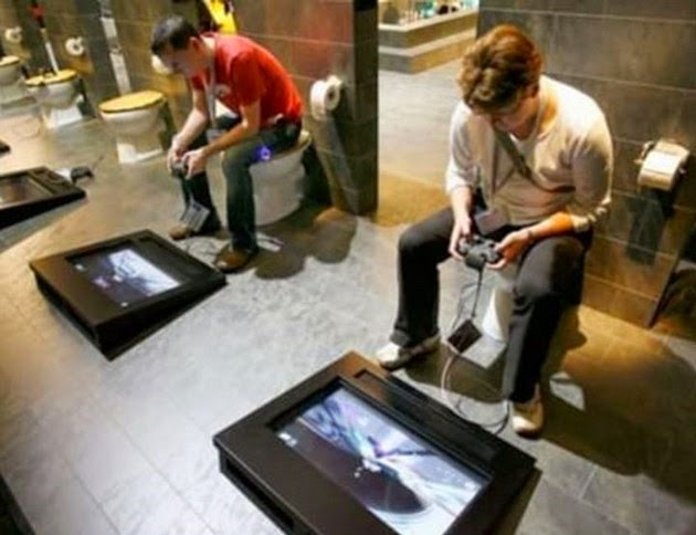 spidey-bathroom-3