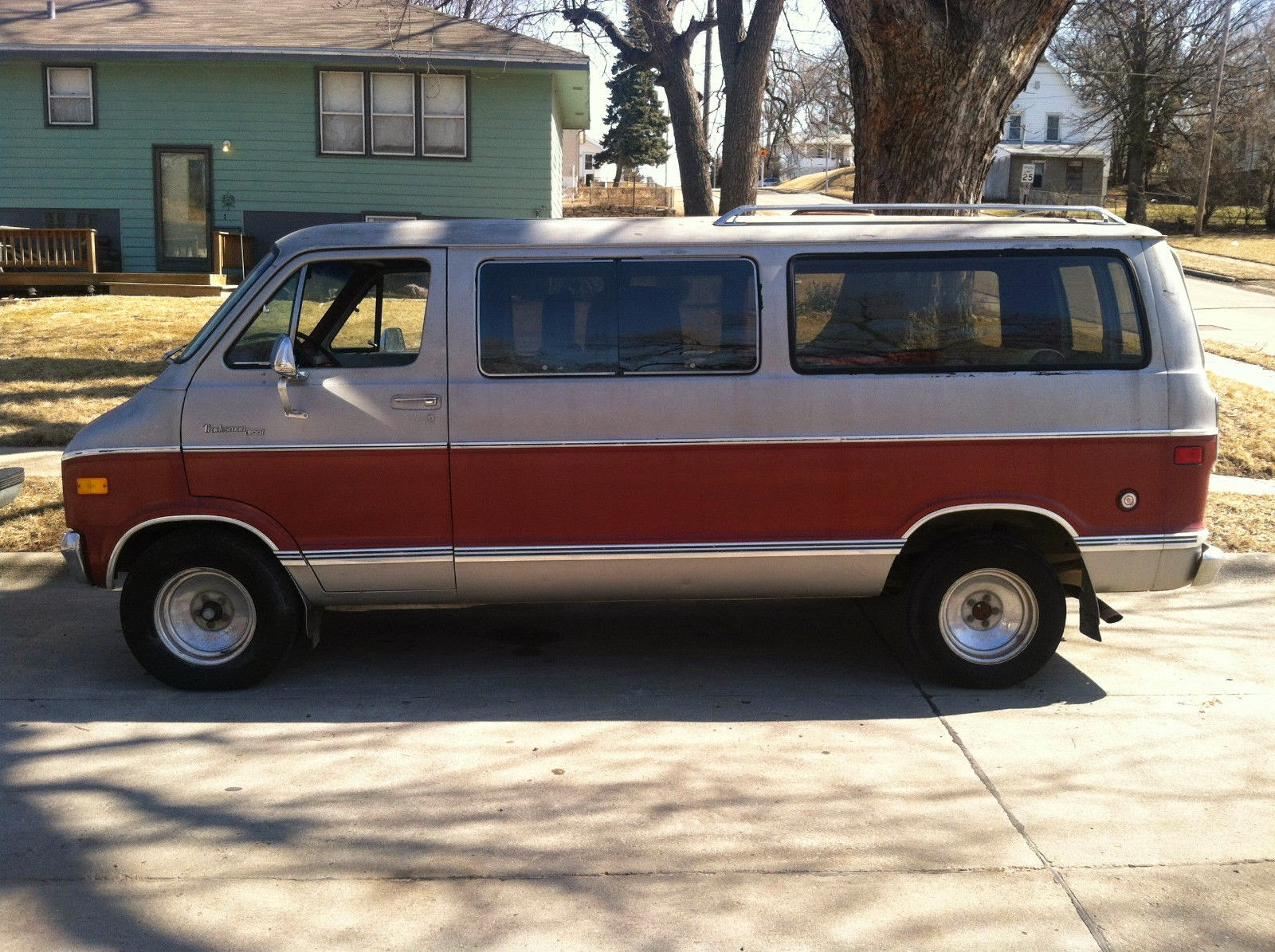 all american classic cars 1978 dodge van b200 tradesman. Black Bedroom Furniture Sets. Home Design Ideas