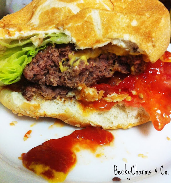 cheeseburger hamburger stuffed ketchup grilling