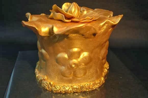 gouden swirly taart