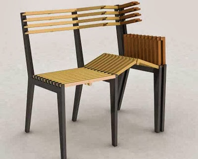 This bench can be folded in a single chair when needed