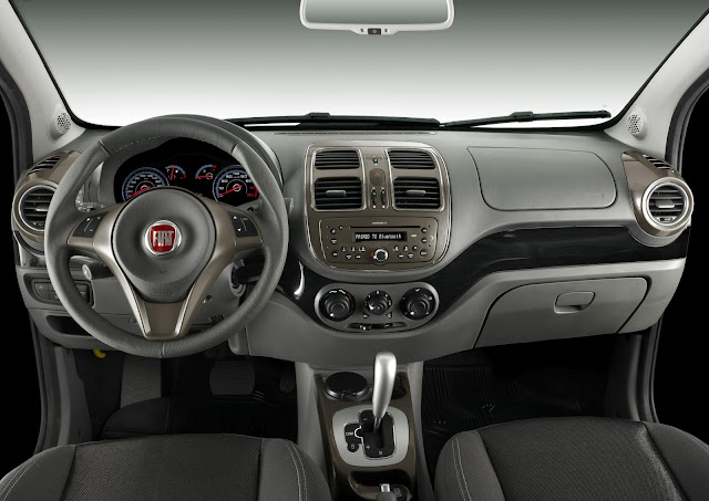 Novo Fiat Siena 2012-2013 - interior - painel