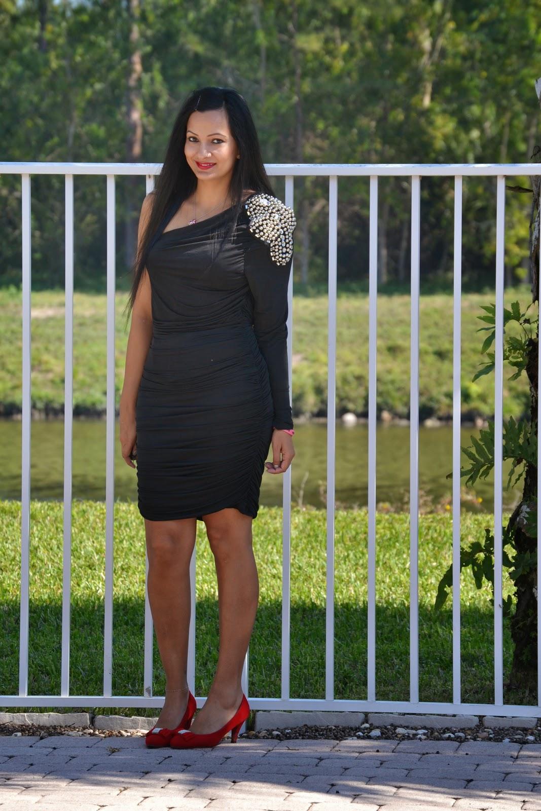 Valentine's Day 2015 Outfit Ideas black one shoulder bodycon dress mavy savvy www.sandysandhu.co