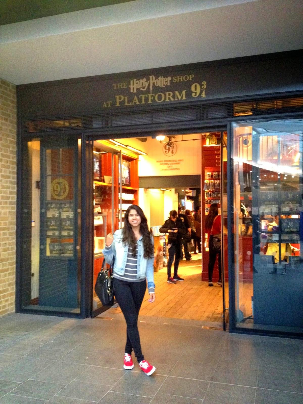 letmecrossover_london_eye_harrypotter_covent_garden_travel_guide_united_kingdon_michele_mattos_primark