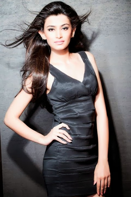 Femina Miss India 2014 Contestants Irshikaa+Mehrotra 00 Femina Miss India 2014 Contestants