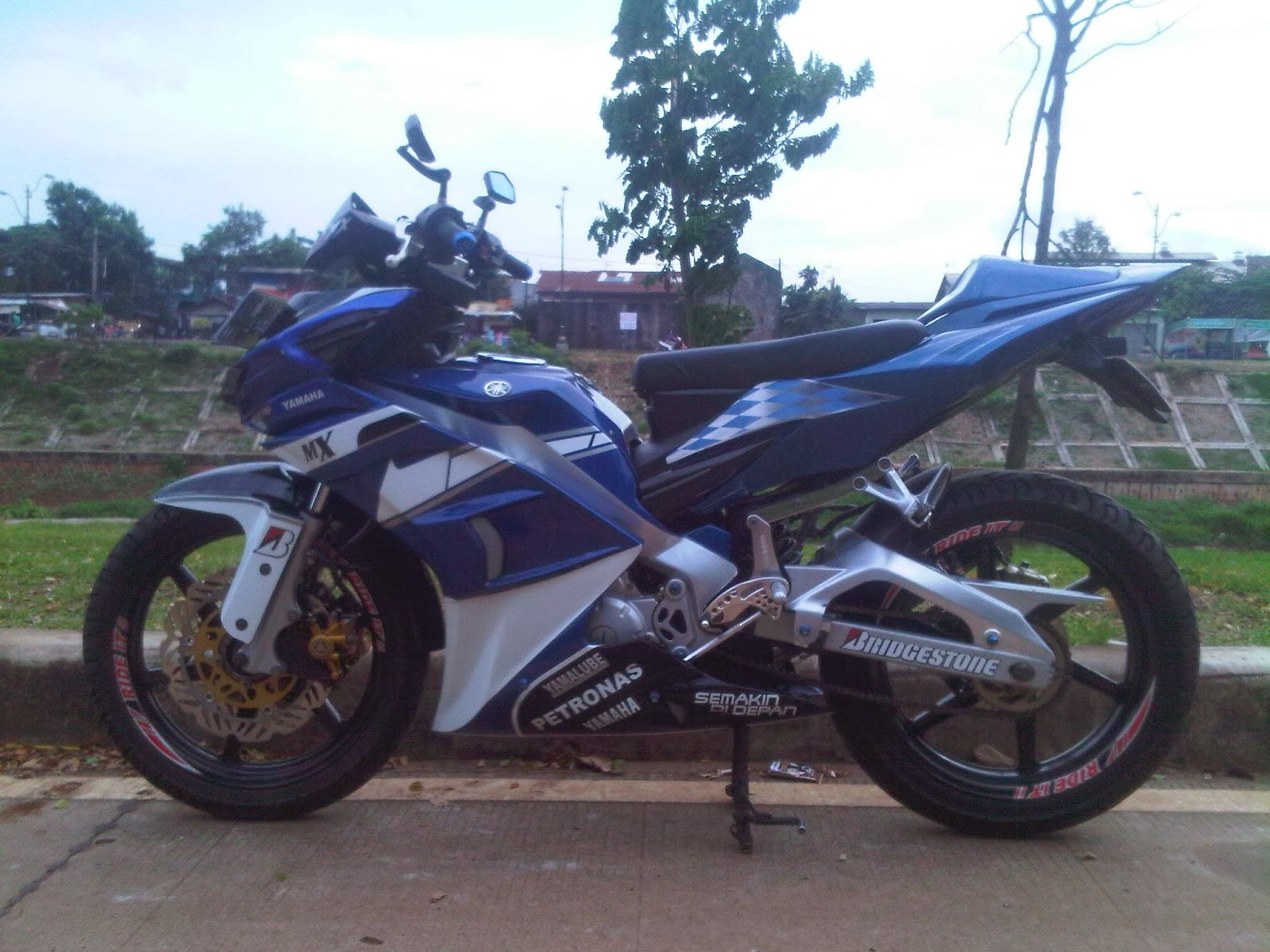Modifikasi Jupiter Mx 2013 Warna Biru