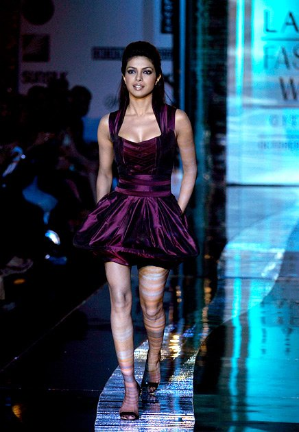 Who Has Hottest Legs In Bollywood hot images