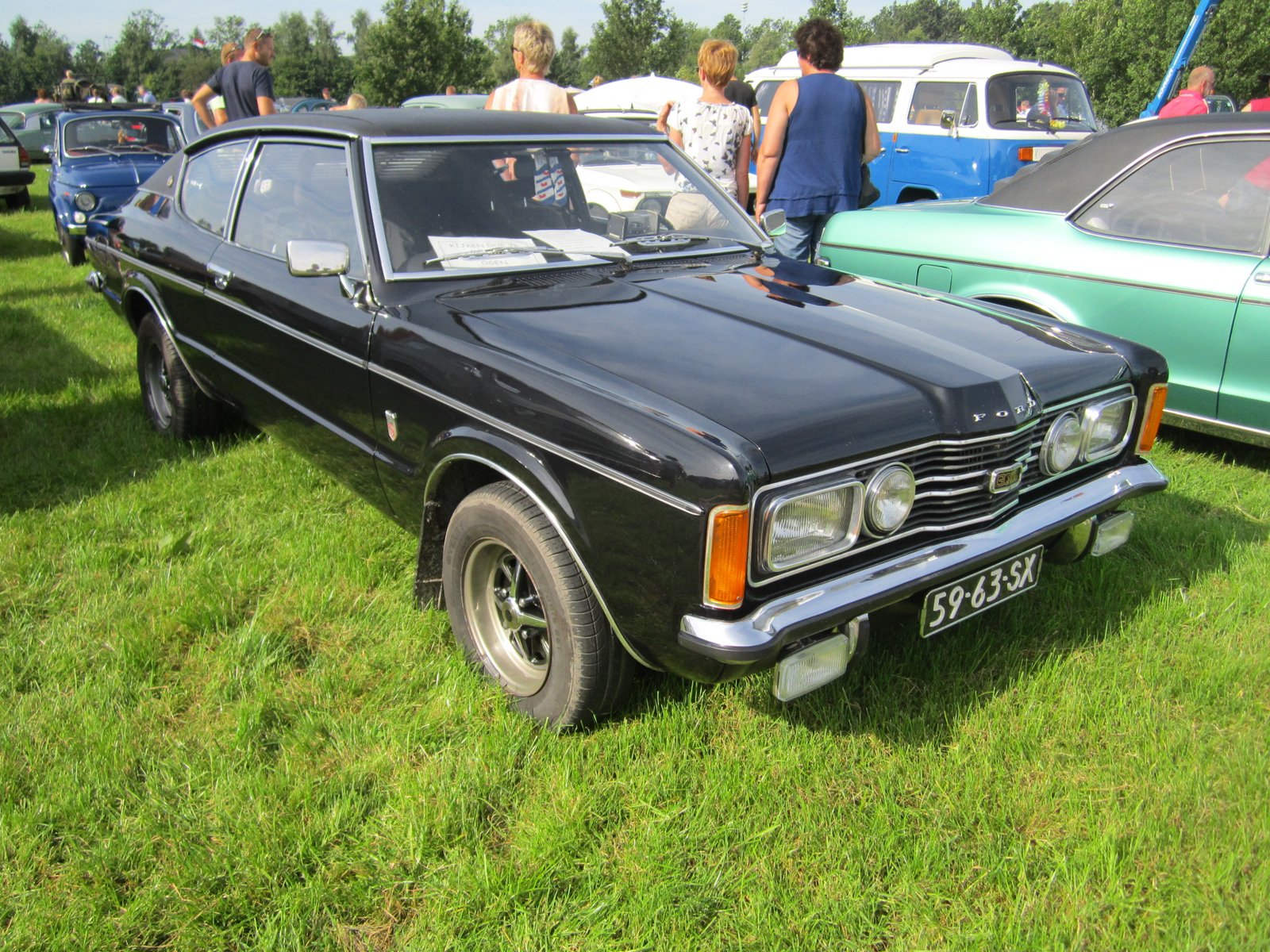 ford taunus 2000 coupe 1972 pictures of classic cars. Black Bedroom Furniture Sets. Home Design Ideas