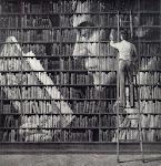 """"""" Uma Bibliotrca  é um Hospital  para  a Mente .""""  Anonimo"""
