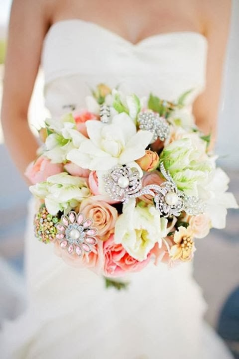 Vintage rustic weddings Florida: Shabby chic wedding bouquets
