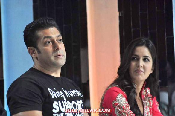 Salman Khan, Katrina Kaif Jhalak Dikhhla Jaa 5 - (8) - Salman & Katrina on the sets of 'Jhalak Dikhhla Jaa 5'