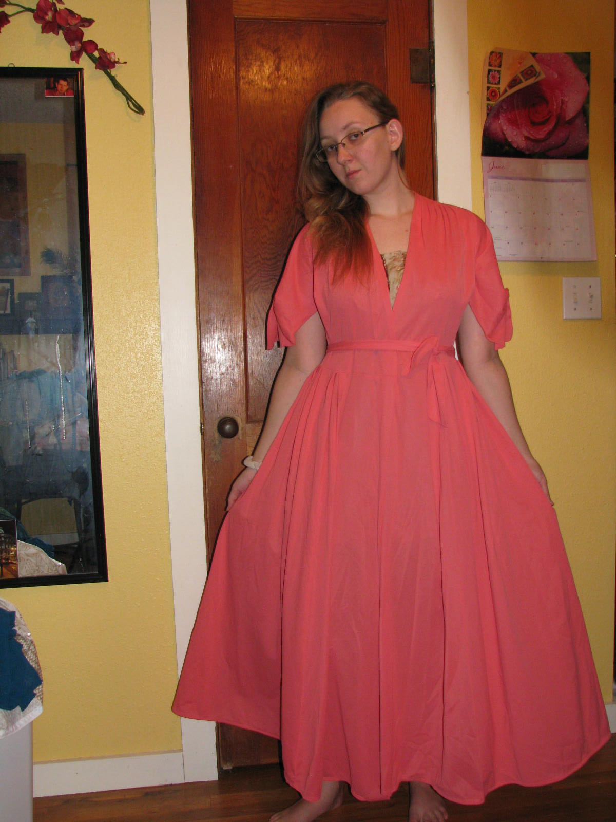 Gladness of Heart: Dressing Gown Refashion: Fix for Too Tight Sleeves