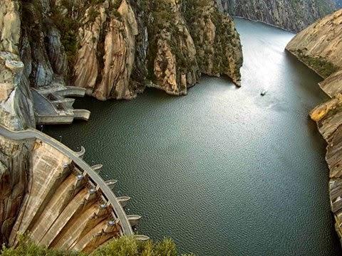 Aldeadávila Dam