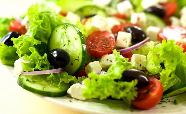 Resep Membuat Salad Sayur Yang Enak?