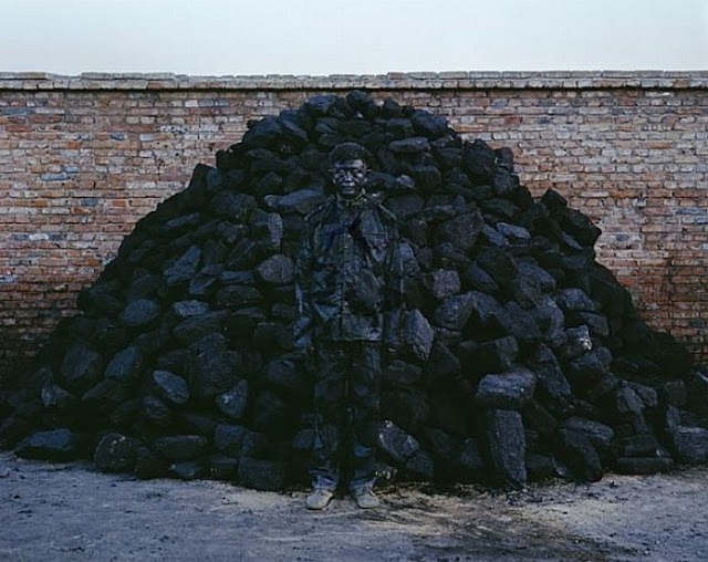 Liu Bolin The Invisible Man | Amazing Invisible Art
