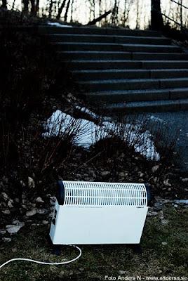 vårvärme, snösmältning, element, värmeelement, foto anders n