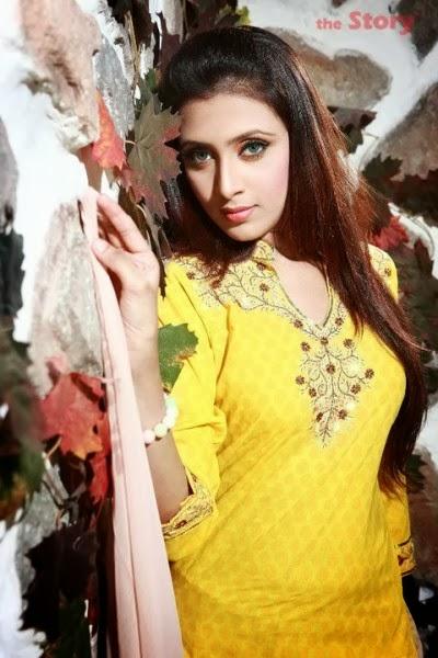 Model+Bidya+Sinha+Saha+Mim010