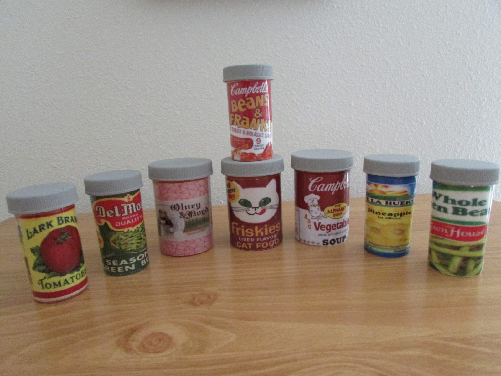 A few of my favorite things ways to use medicine bottles for Things to do with pill bottles