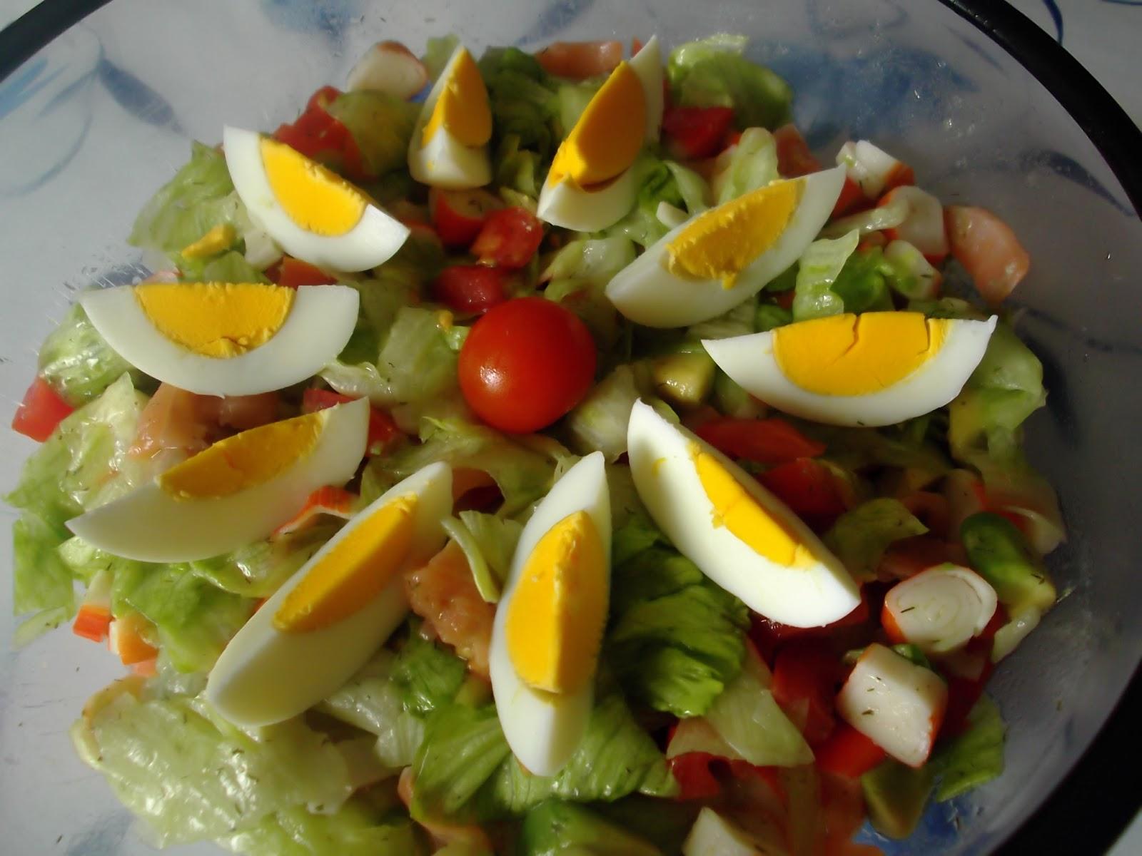 Hoy cocinamos ensalada de salm n y aguacate - Ensalada salmon y aguacate ...
