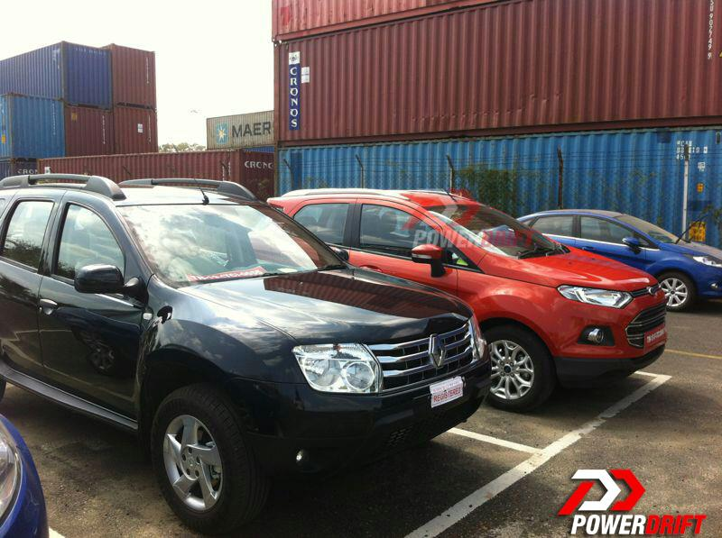 ford 39 s ecosport and renault 39 s duster spotted together in india for the first time images. Black Bedroom Furniture Sets. Home Design Ideas