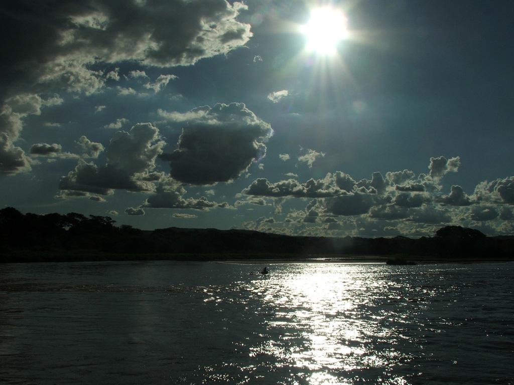 http://3.bp.blogspot.com/-LCcwfAF7VJ0/TqtIqRv9AQI/AAAAAAAABxw/aGv3IAK72xA/s1600/2011+out+-+Chalana+12.jpg