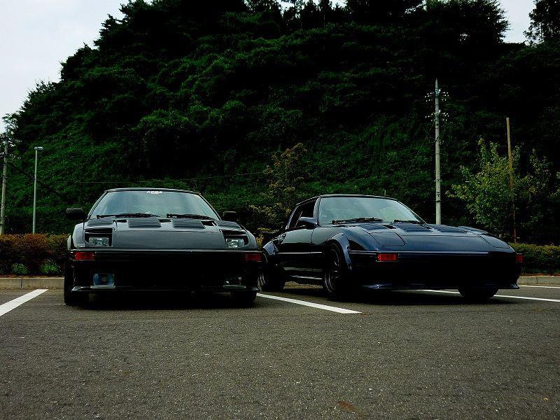 Mazda RX-7 SA22C, pierwsza generacja, wankel, rotary, sportowy samochód z japonii, kultowy, auto z duszą