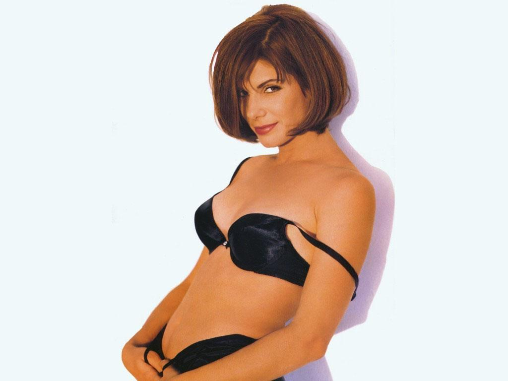 sandra bullock sexy look - photo #34