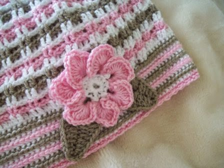 free crochet flower and leaf pattern