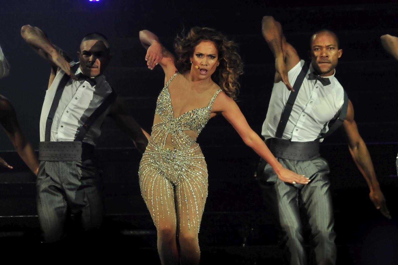 http://3.bp.blogspot.com/-LDB7esZLCqU/T9zPqC4ZyeI/AAAAAAAAJ9k/Xvn1_KcmdO0/s1600/Jennifer-Lopez-Performs-Live-in-Panama-City-7.jpg