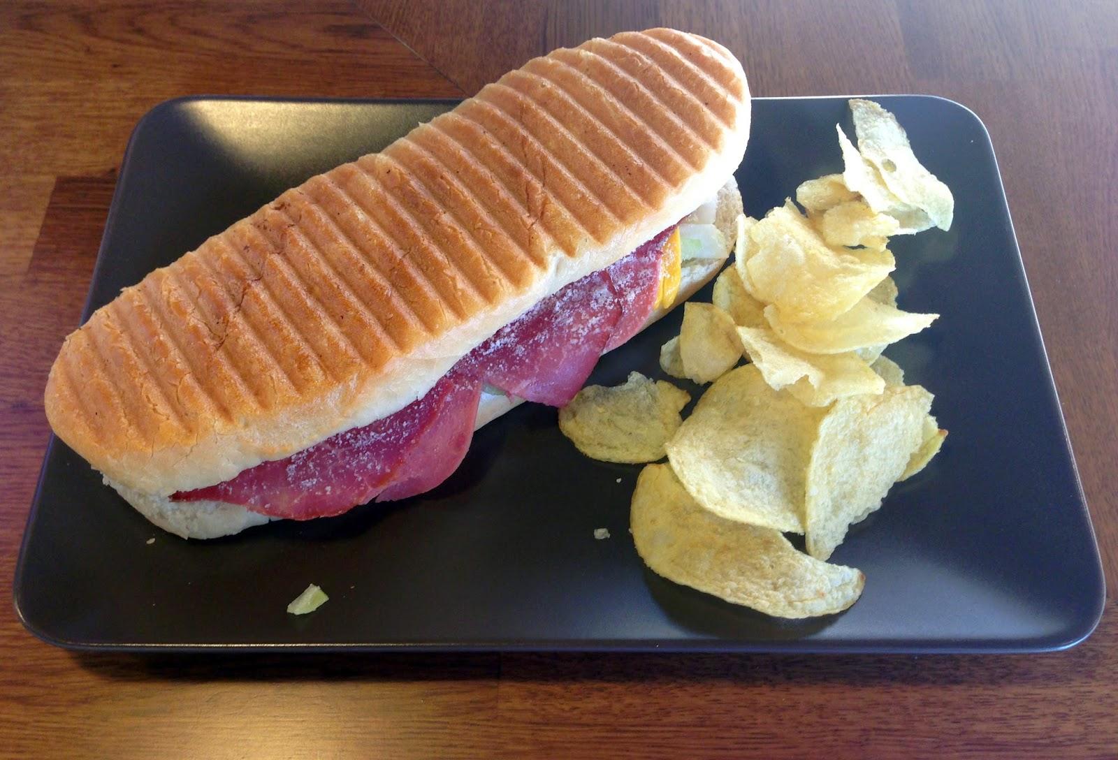 Çatkapı - Ankara lezzetleri: 35 mm Sandwich - Ekmek arası ...