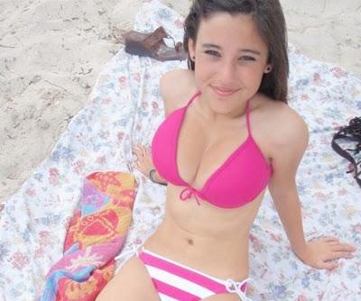 Angie Varona Ho
