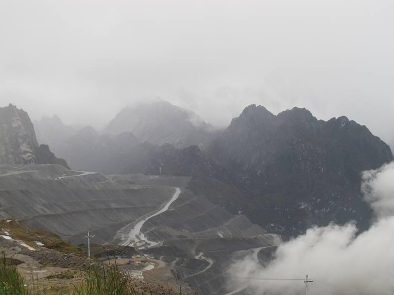 Sebuah Kota Tanpa Matahari Di Papua [ www.BlogApaAja.com ]