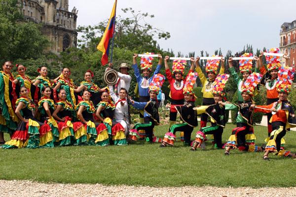 Homenaje-Silva-y-Villalba-Ballet-Folclorico-Tierra-Colombiana