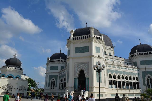 Wisata Religi, Masjid Raya Al Mashun Medan