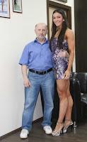 girl muscular calves